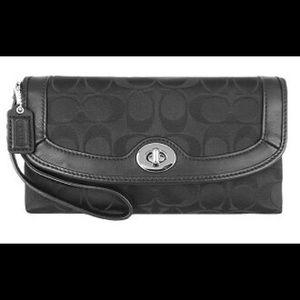 Coach Bags - COACH Clutch Wristlet Wallet Campbell Signature